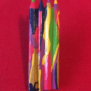 Broche crayons en bois quatre crayons